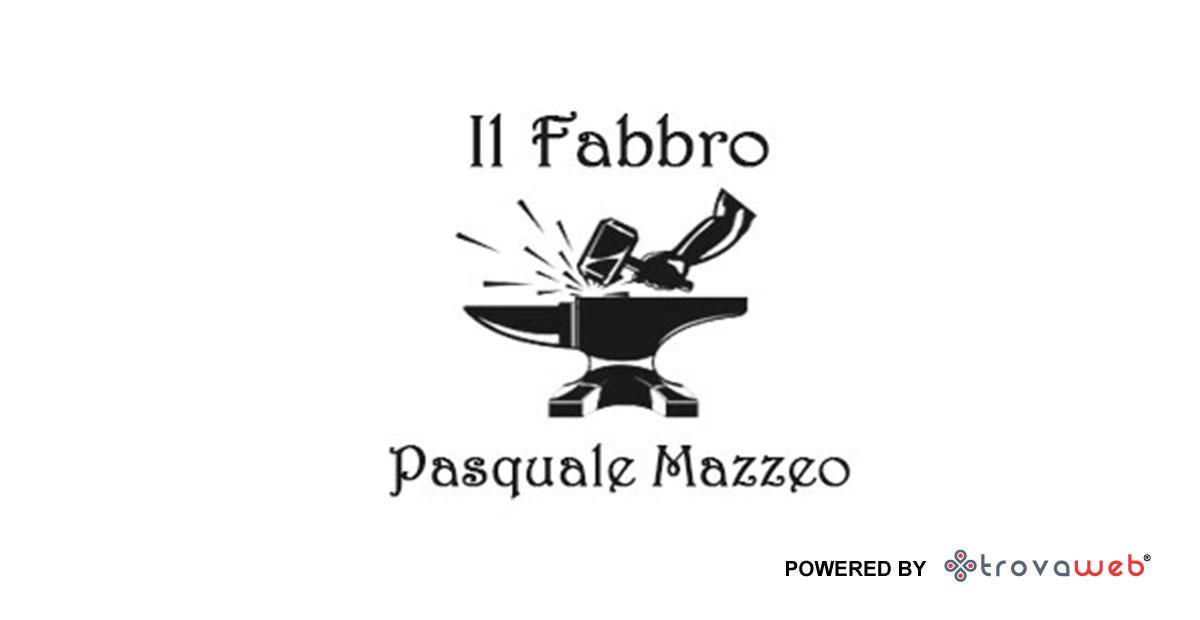 """Pasquale Mazzeo """"Il Fabbro"""" a Barcellona Pozzo di Gotto"""
