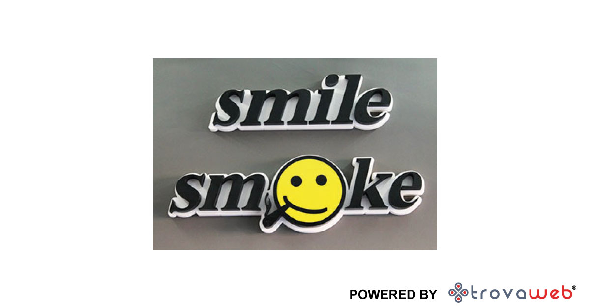 电子卷烟烟气微笑 - 巴勒莫